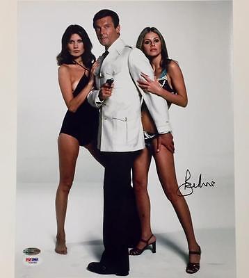 Sir Roger Moore Signed 007 James Bond 11X14 Photo  7 Psa Dna Coa Autograph Auto