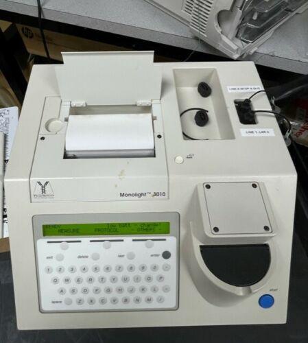 BD BioSciences Pharmingen Monolight 3010c Analytical Luminometer 556861