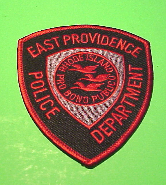 EAST PROVIDENCE  RHODE ISLAND  RI   POLICE DEPT. PATCH  FREE SHIPPING!!!
