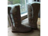 UGG women's Bailey button triplet button boots