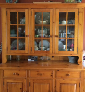 Solid Pine Buffet & Hutch