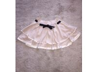 Topshop Skirt - SIZE 8 - brand new with tags - super cute! Never worn.Cream/nude/palest pink tones.