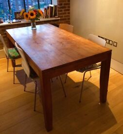 Beautiful large oak dining table and 4 chairs