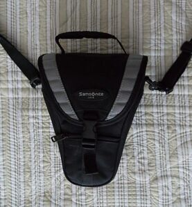 Samsonite DSLR camera bag