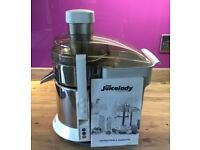 Juicelady by Russell Hobbs in very good condition.