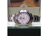 Silver Rolex Daytona with white face in Rolex box and Rolex bag