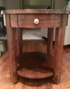 *** End Table $45 with FREE LAMP! **