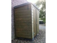Tool shed, excellent condition, new last season.