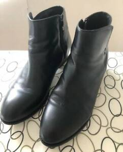 Black Leather Ankle Boots size 10 in excellent used condition