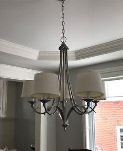 Luminaire de salle à manger avec ampoules