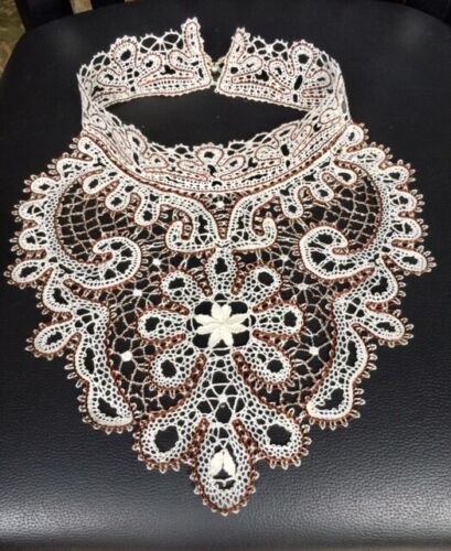 NEW  BOBBIN LACE NECKLACE  HANDMADE  LACE RUSSIAN  STYLE