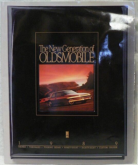 1989 OLDSMOBILE BROCHURE