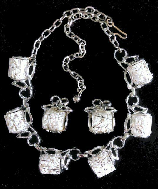Vintage Silver & White CONFETTI in Clear LUCITE Half Cylinder NECKLACE/EARRINGS