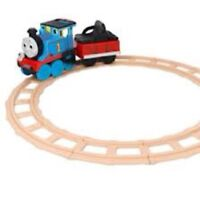 THOMAS TRAIN RIDE ON TOY PEG PEREGO TRACK ENGINE