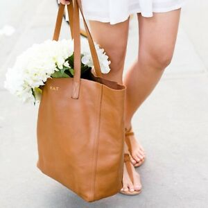 AUTHENTIC CUYANA LEATHER TOTE BAG-LIKE NEW!