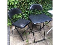 URGENT!! Garden chairs + table