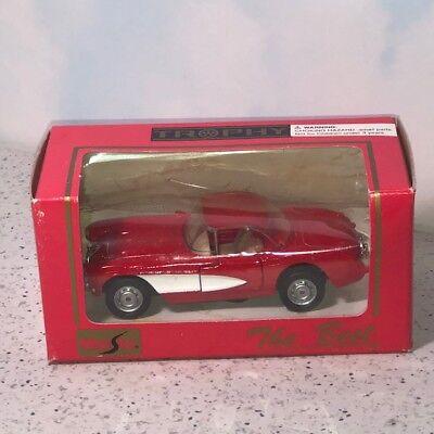 DIECAST MODEL CAR ORIGINAL BOX 1:43 SCALE TROPHY MAISTO THE BEST RED WHITE (Best Mercedes Benz Sports Car)