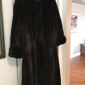 Gorgeous Female Ranch Mink Coat (Size 16 - 18)