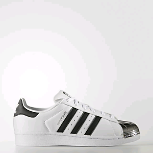 Adidas shoes Wattle Grove Liverpool Area Preview