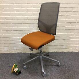 Giroflex Mesh Back Operators Chair