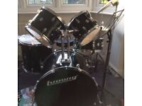 Drum Kit - Ludwig Accent Drive (black)
