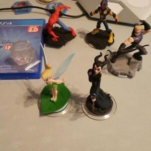 PS4 DISNEY INFINITY 2.0 STARTER AND MORE..
