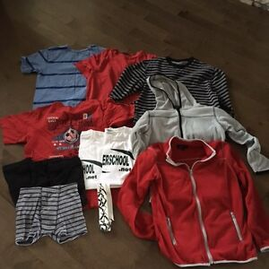 Lot De Linge Garcon 10-12 Soccer Chandail Gap Old Navy West Island Greater Montréal image 4