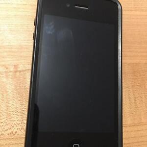 IPHONE 4 - 32GB - ROGERS