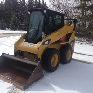 CAT  242B3  Skid steer