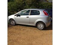 Fiat Punto Active 1.2. (3 Door) Great clean ecnomical runner!