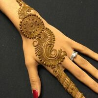 Henna Artist. Bookings Available. Bright Colour. Organic Paste