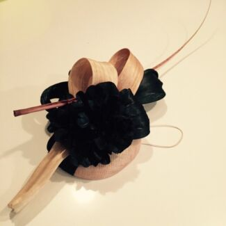 Custom Made Fascinator Adamstown Newcastle Area Preview