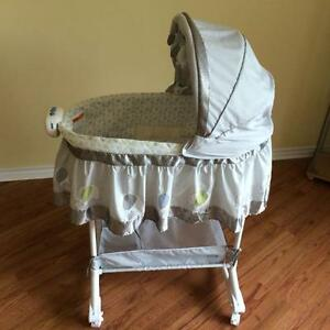 Bily 2-in-1 Bassinet - Elephant