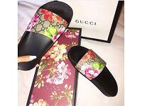 Gucci slides blossom