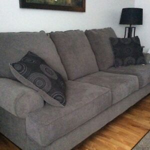 Sofa and accent chair-like new