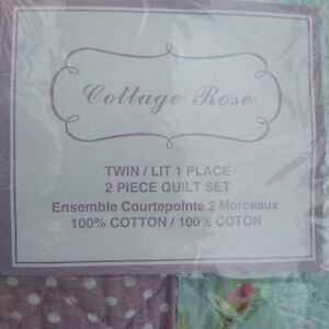 Twin Girl's bed spread Kitchener / Waterloo Kitchener Area image 3