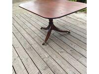Table ( Vintage )
