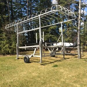2002 Shoremaster Vertical Boat lift for sale with canopy