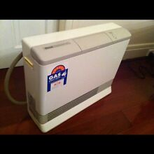 Rinnai convector made in Japan natural gas heater 18 MJ Beecroft Hornsby Area Preview