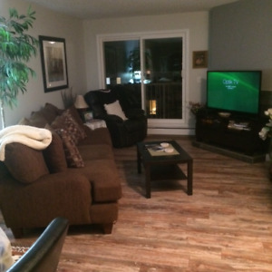 Woodbridge Way - Penthouse for Sale - $154,000.00