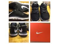 Nike flex tr 4's size 4.5