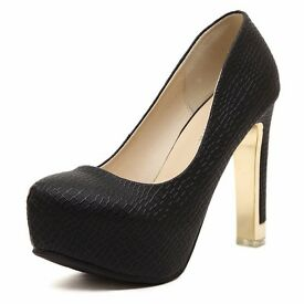Stunning shoes for sale - 2 styles - size 7 Brand New