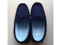 Ladies Navy Genuine Suede Moccasin Slippers Size 6 with Rubber Sole