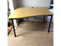 1300mm Wave Desk in great condition