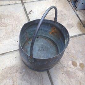 Coal scuttle / plant pot