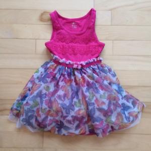 Vêtements fillette 4 ans