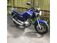 YAMAHA YBR125 - FIRST CLASS CONDITION-CAREFUL LADY OWNER-GARAGED-SUMMER USE ONLY