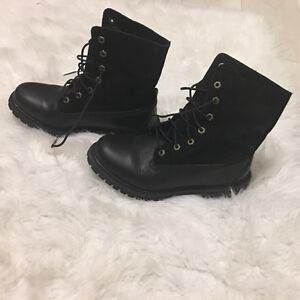 New Size 8.5 woman's Timberland boots Peterborough Peterborough Area image 3