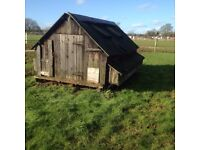 Mobile hen house in need of renovation. Collection from Bourton on the Water