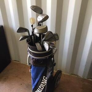 Left handed golf clubs with accessories